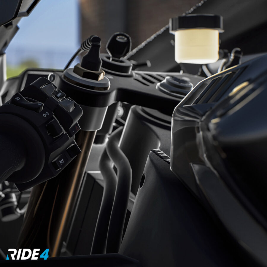 Ride 4 R1M_2019_COCKPIT_DETAIL